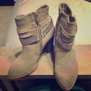 Nine West gray suede heeled ankle booties
